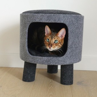 Charcoal Felt Cat Stool- Kassivoodi
